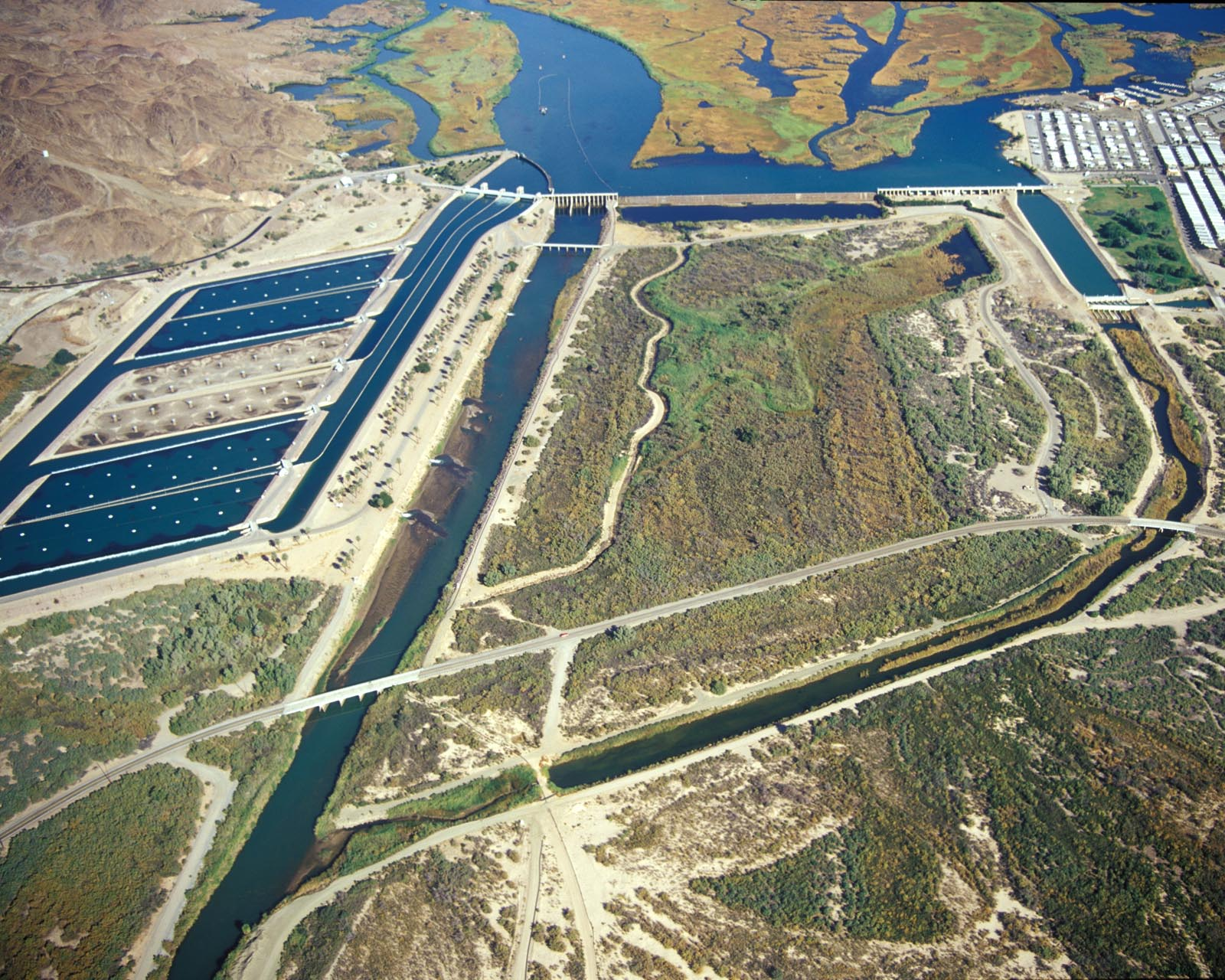 All American Canal : The imperial dam and all american canal headworks maven