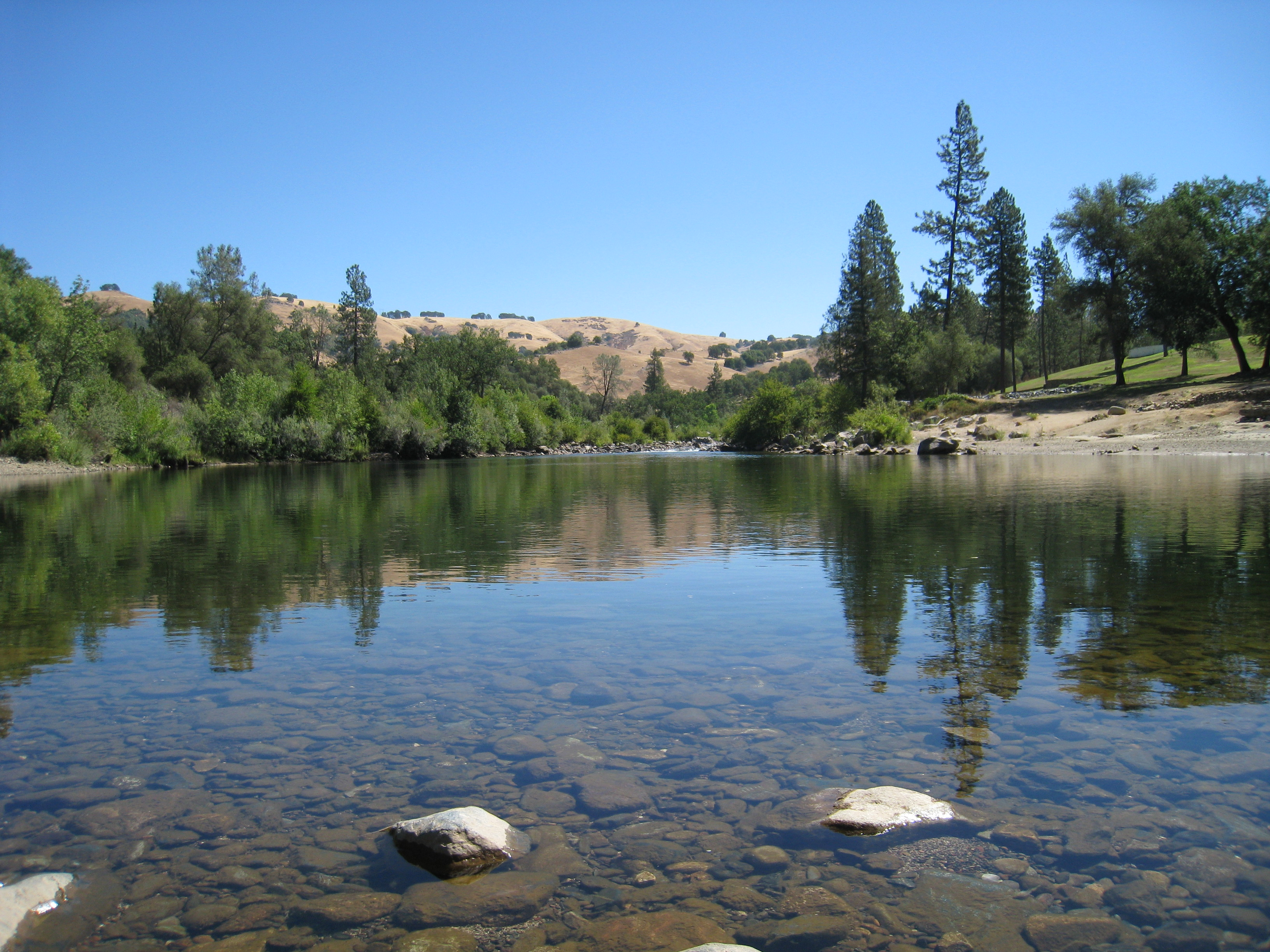 stops along the way is at the south fork of the American River
