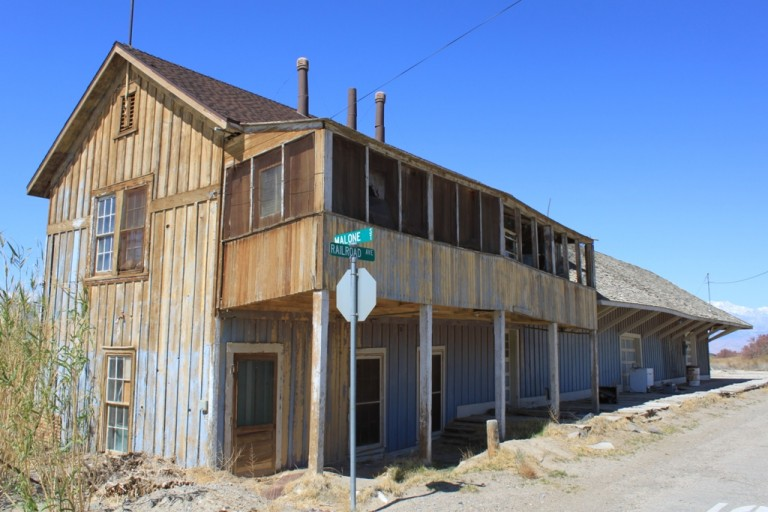 Keeler train depot Apr 2012 #4