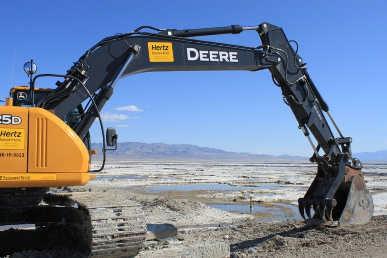 Owens Lake Excavator Apr 2012 #2