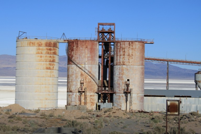 Owens Lake plate glass factory Apr 2012 #14