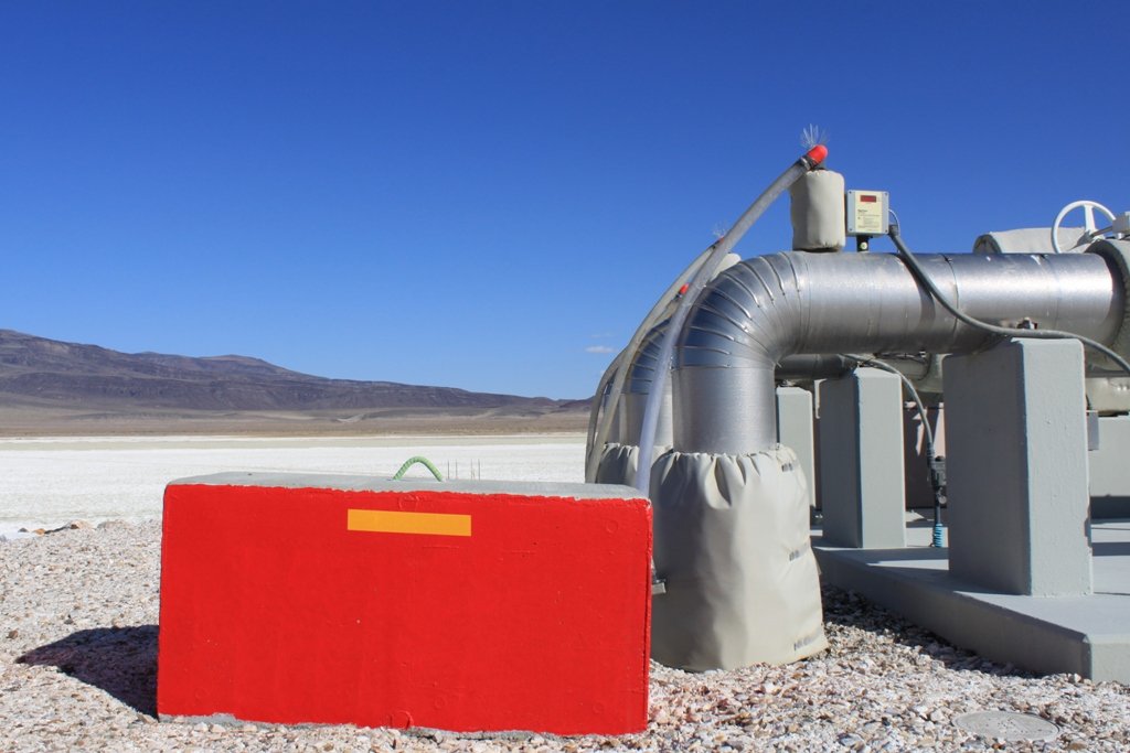 Owens Lake infrastructure Apr 2012 #23