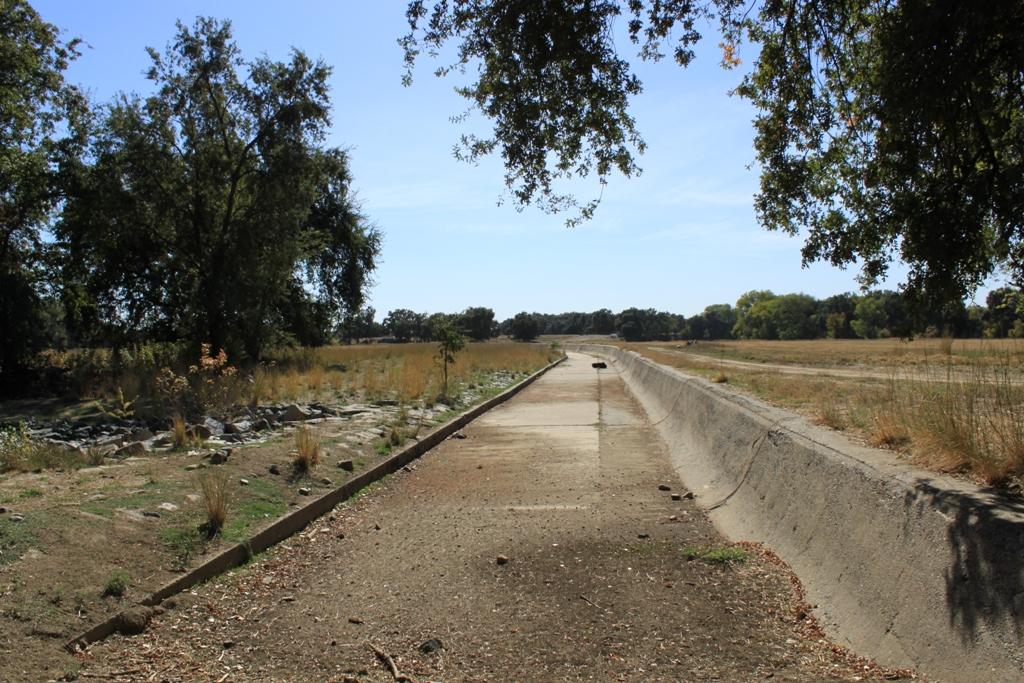 Fremont Weir - dry Oct 2013 #12