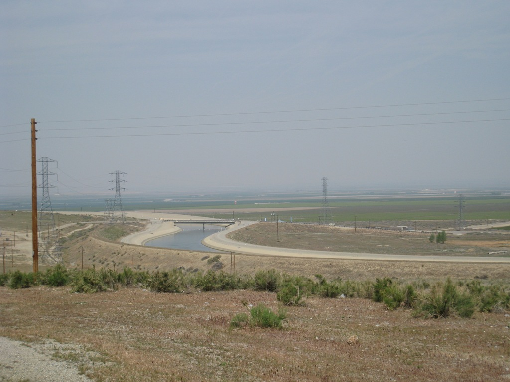 California Aqueduct approaching Chrisman #1 04-2008