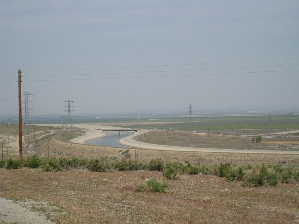 California Aqueduct approaching Chrisman #1 04-2008